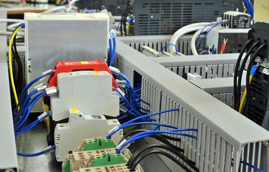 INTECH Automazione Sistemi - realizzazione controlli per impianti industriali